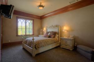 West Wing Bedroom #1