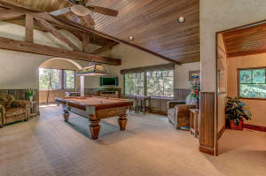 Spacious enough for a pool table!