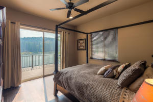 1st floor den/4th bedroom with beautiful lake views
