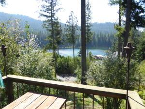 33 Match Bay, Priest Lake, ID 83856