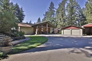4513 E Potlatch Hill Road, Coeur d
