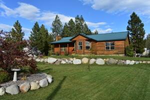 32778 10th Ave, Spirit Lake, ID 83869
