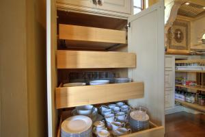 You'll love the soft close drawers and the pull out drawers