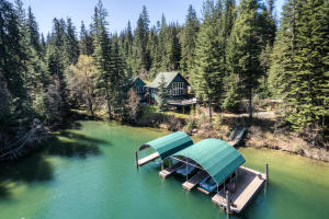 The main house has over 3800 SF, 3 bedrooms-with Master on the Main and a Jr Master suite lower level with a private separate entrance, a recreation bonus room with 4 bunk beds and more! Combine with the Guest Cabin and you can sleep 16 easily!