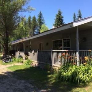 4481 W Fernan Dr, Spirit Lake, ID 83869