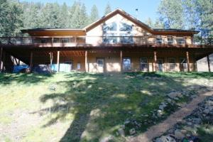 Private Lake View Home