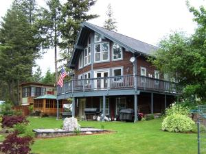 Lake Pend Oreille View Home