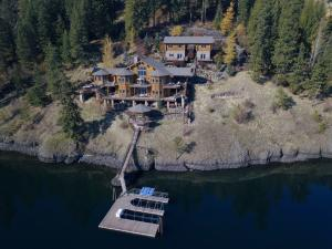 10836 N SPLIT ROCK RD, Hayden, ID 83835