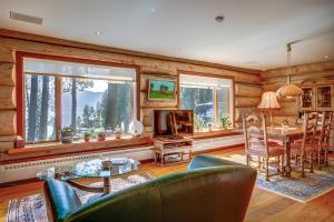 Multiple Guest Suites