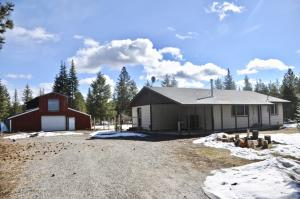 4284 W Haney Rd, Rathdrum, ID 83858