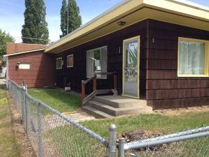 103 E Street, Smelterville, ID 83868