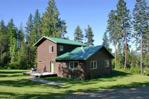 167 Shepherd Lake Loop, Sagle, ID 83860