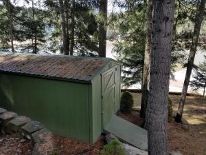 Garden shed 10x28!