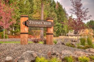 Stone Creek Park_2112_3_4-2