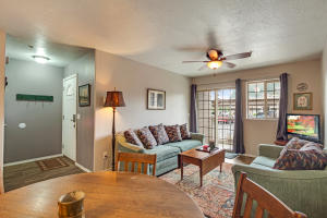 842 N Chase Rd, #104
