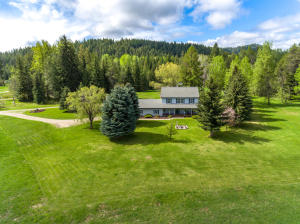 100 Moose Meadow Dr, Priest River, ID 83856