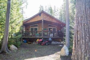 36 Linda Ln, Priest Lake, ID 83856