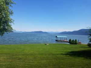 342 Ponder Point Dr, Sandpoint, ID 83864