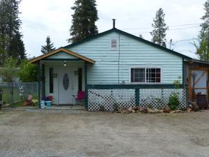 369 Harriet, Priest River, ID 83856