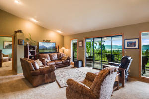 135 Knoll Top Dr., Sandpoint, ID 83864