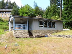 20583 E LOWER CAPE HORN RD, Bayview, ID 83803