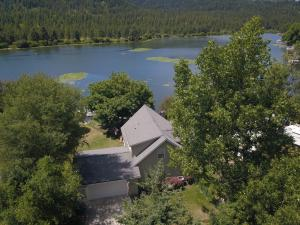 6831 W MAINE ST, Spirit Lake, ID 83869