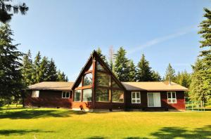 163 Old Relic Rd, Bonners Ferry, ID 83805
