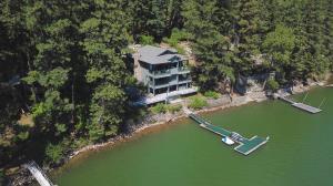 10408 W EVEREST LOOP, Spirit Lake, ID 83869