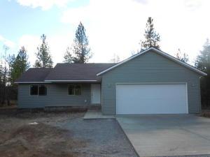 5803 W Joss Ln, Spirit Lake, ID 83869