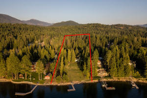 1427 Peninsula Road, Hope, ID 83836