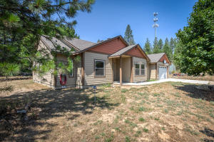 220 Akin Back Ranch Rd, Athol, ID 83801