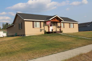 32988 N 7th Ave, Spirit Lake, ID 83869