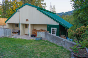 114 South St, Bayview, ID 83803