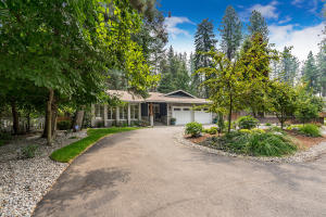 10186 N PINES RD, Hayden Lake, ID 83835