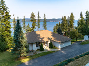 587 E BEAUMONT DR, Harrison, ID 83833