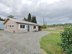 7178 4th St, Bonners Ferry, ID 83805