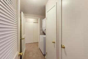 Extra large washer & dryer, plus storage area for extra supplies