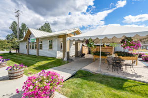 9021 N GOVERNMENT WAY, Hayden, ID 83835