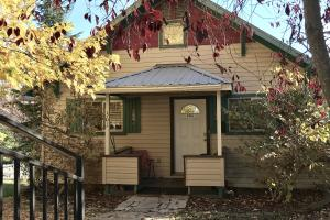 301 S Fourth Avenue, Sandpoint, ID 83864