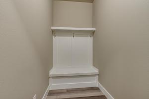 30Mud Room-SMALL