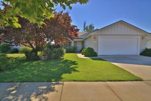 2086 W CANFIELD AVE, Coeur d