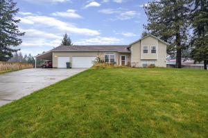 31741 N BARBARA AVE, Spirit Lake, ID 83869