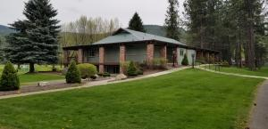 9 Country Club Lane, Pinehurst, ID 83850