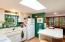 Main Home - Bright Kitchen