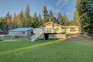 265 Cabin Ridge Rd, Spirit Lake, ID 83869