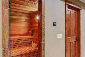 Sauna with custom light colors