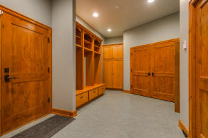 23Mud Room-FULL
