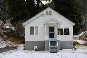 314 W Montana St, Mullan, ID 83846