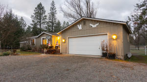 2833 E GRAND TOUR DR, Hayden, ID 83835