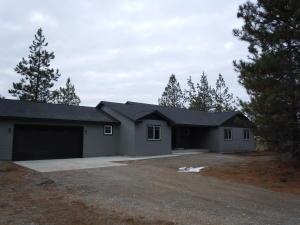284 Pend Oreille Dr, Spirit Lake, ID 83869
